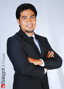 davao-accountant-jonathan