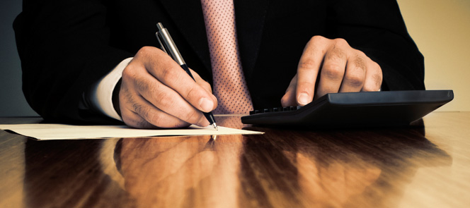 male-pen-paper